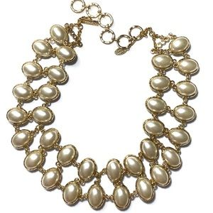 Beautiful reversible statement necklace